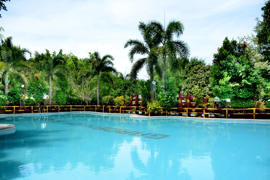 Garden of Eden Beach Resort<small></small>
