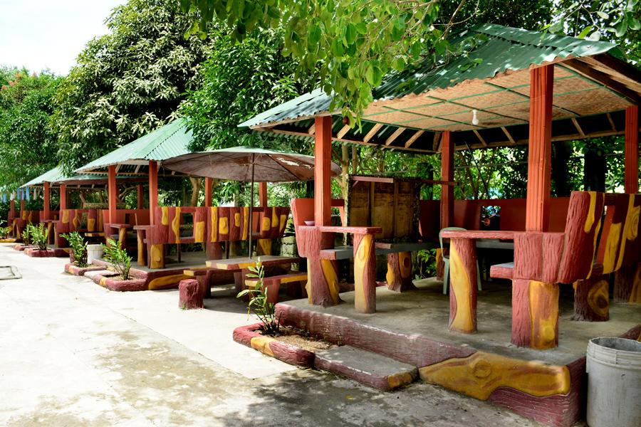 Garden of Eden Beach Resort<small></small>